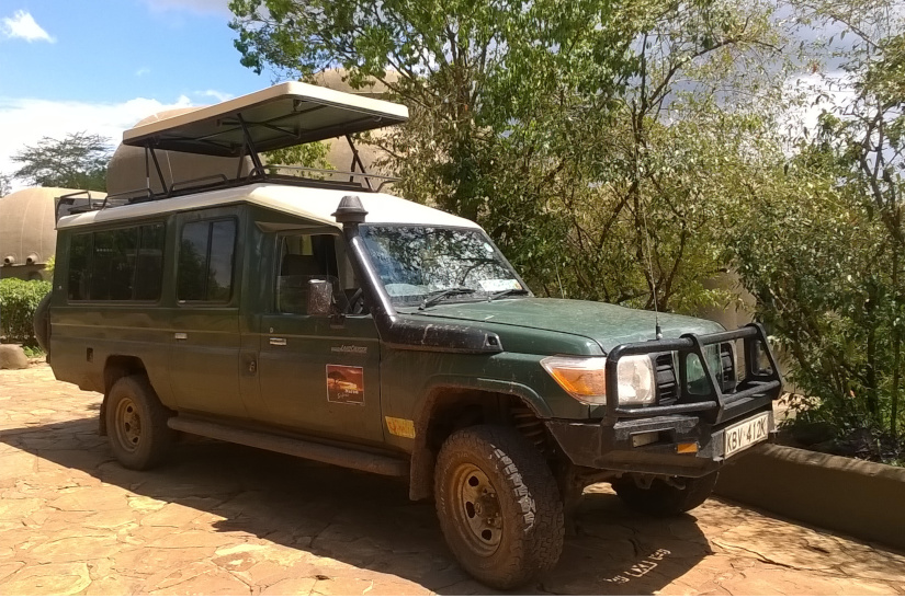 safari-4x4-landcruiser